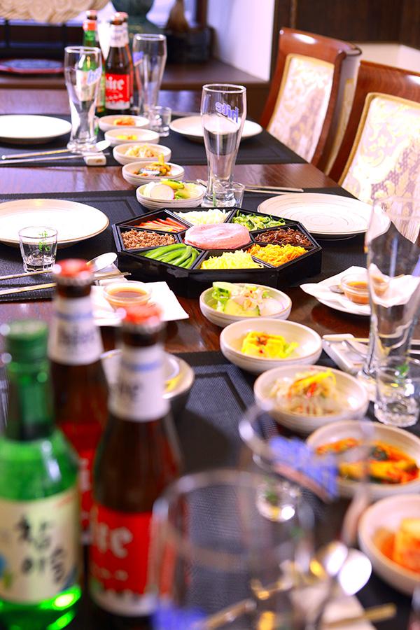 Корейский ресторан Белый журавль это рестороан корейской кухни с доставкой еды на дом и офис