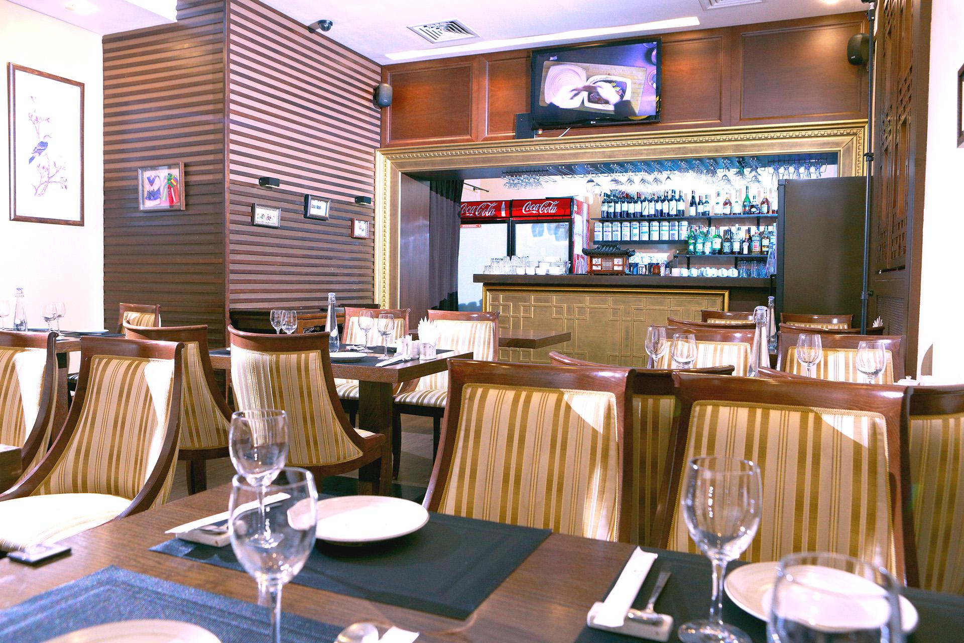 Интерьер корейского ресторана Белый журавль