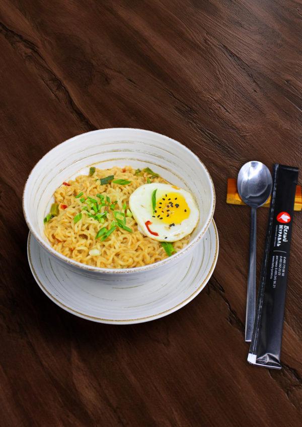 Популярное Корейское блюдо лапша РамёнРамён